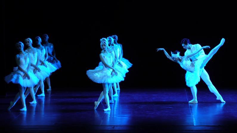 《明星GALA》辽宁芭蕾舞团纽约林肯中心上演中西大戏