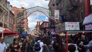 纽约小意大利迎神节生意火爆 华埠似乎沾不到光?