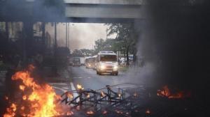 香港示威暴徒沙田再纵火 黑烟笼罩居民区