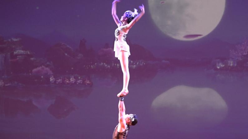 芭蕾杂技~原来芭蕾可以这么跳
