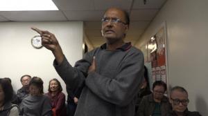 旧金山华埠地铁会议上 这位发言的印度裔大哥亮了!