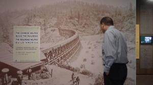 七年十次探访 他复拍300张铁路华工影像