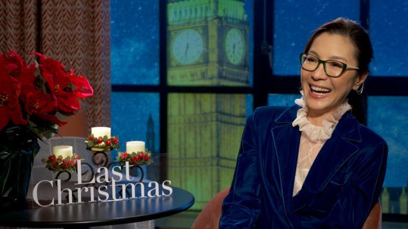 """""""华裔第一女打星""""杨紫琼演喜剧?《去年圣诞》系列采访之三"""