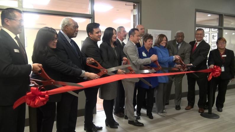 芝加哥华人有福了!社区机构和医院合作开创新模式