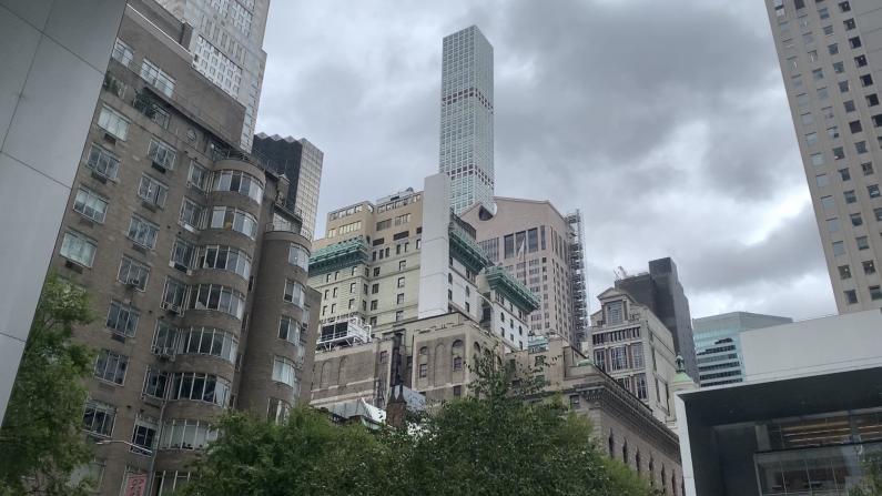 纽约市议会通过立法: 市府援助地产住房15%给游民