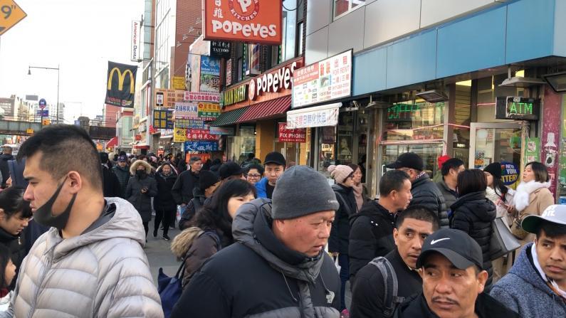 圣诞节纽约中餐厅生意火爆 一位难求