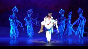 传奇舞剧《大梦敦煌》北美首演 莫高窟壁画登纽约林肯中心