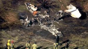 无人生还 洛杉矶小飞机坠机着火