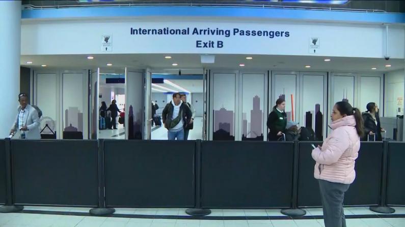 【问答】美国针对曾赴华外籍人士限入禁令何时能解除?
