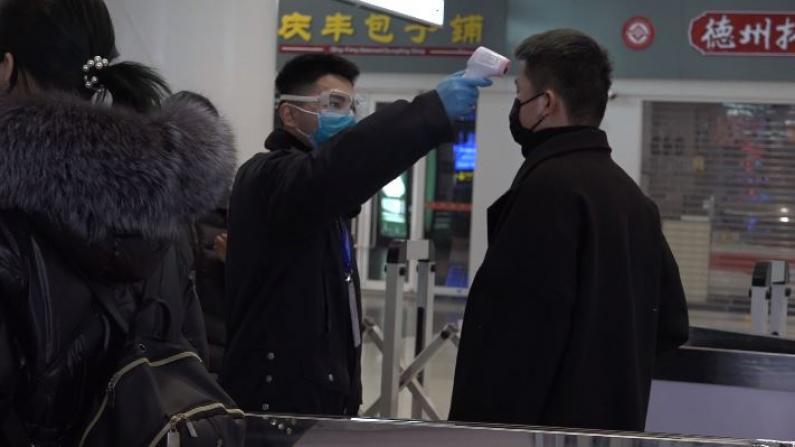 北京迎来返程客流小高峰 交通部门周密部署高效应对