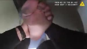 犯罪现场到救火现场!视频直击警官救火