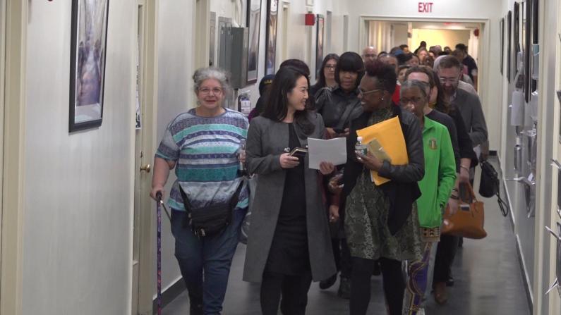 协助填表申请 纽约皇后区人口普查中心启用