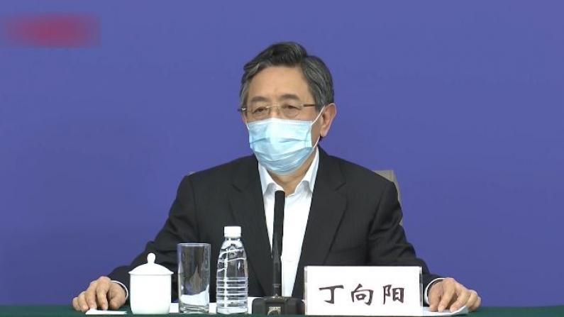 """中央指导组回应武汉居民隔窗""""喊假"""":要求立即调查整改"""