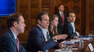 """纽约州长:你为什么非要用""""封城""""来吓我?!"""