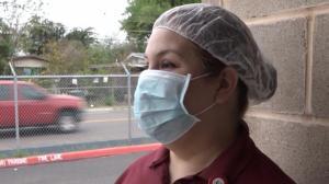 德州边境城市强制要求居民戴口罩 违者罚$1000