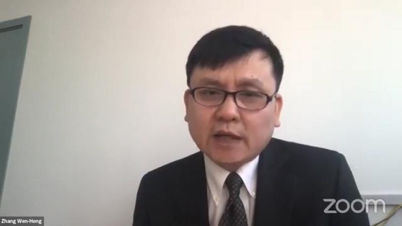 张文宏对话美国专家 谈抗疫经验