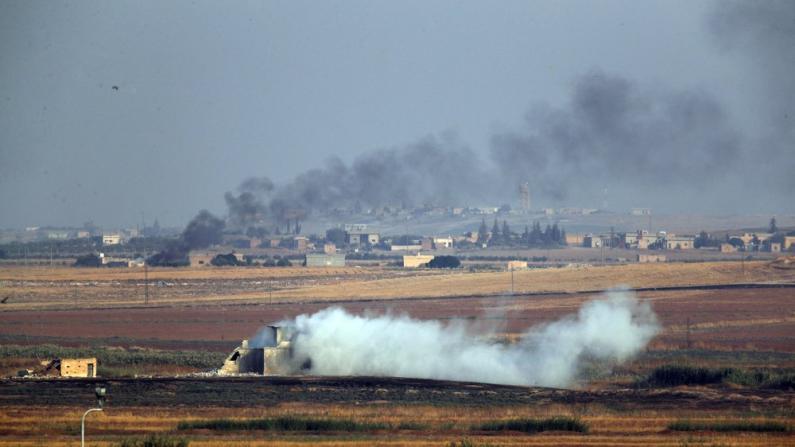 美军前脚刚撤离叙利亚, 土耳其后脚就出兵了