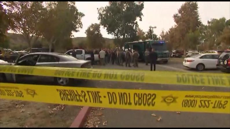 加州亚裔男生高中校园开枪 至少3人重伤
