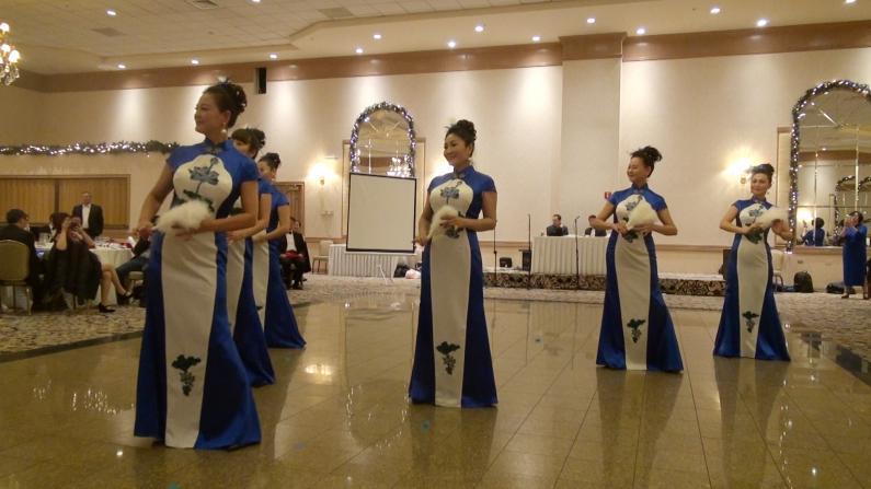 【实录】芝加哥旗袍协会年会 大秀华人女性之美