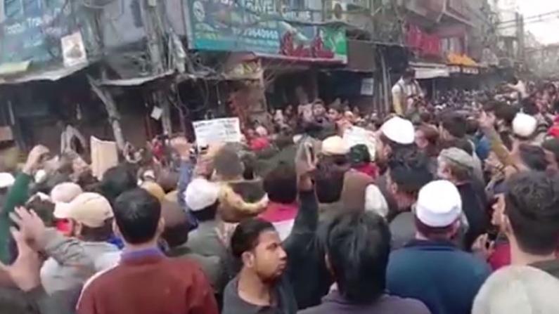 闹翻天!印度公民身份新法争议大 抗议不停歇