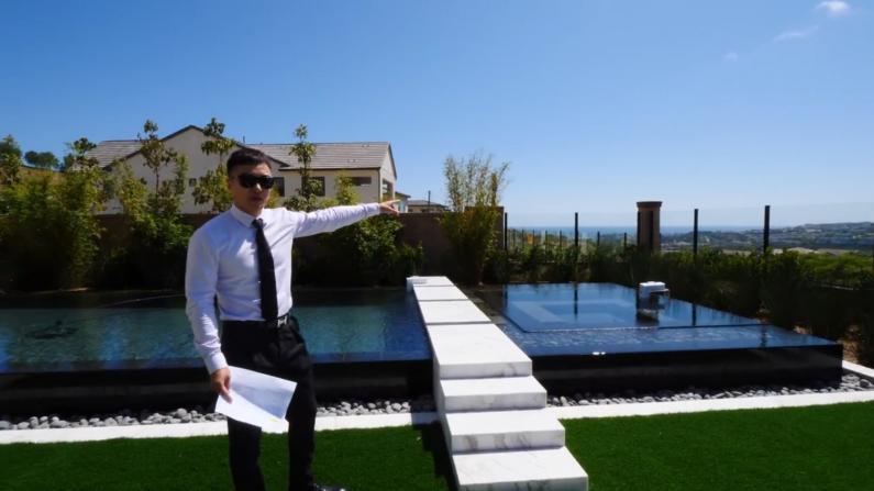 【安家美国·加州尓湾】房产网红小哥带你看尓湾海边别墅 加州的百万新房与曼哈顿竟如此不同!
