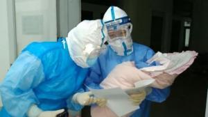 黑龙江哈尔滨一确诊孕妇顺利产下女婴 母女情况良好