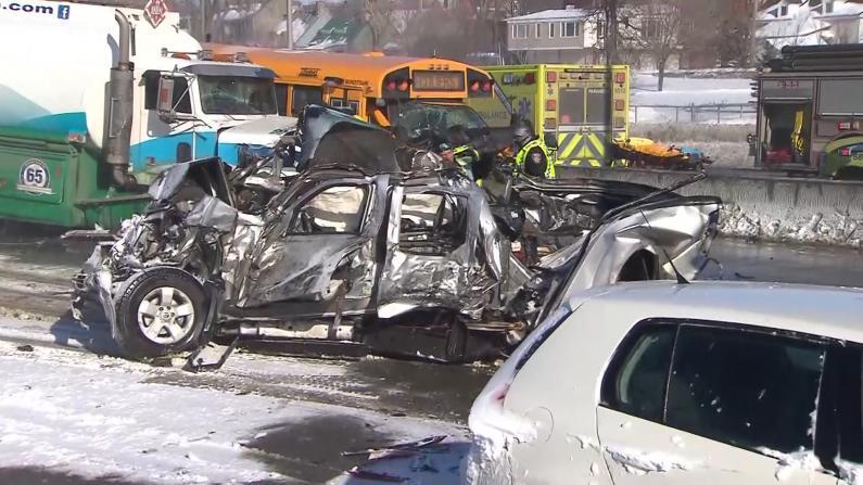 加拿大魁省高速200车相撞2人亡