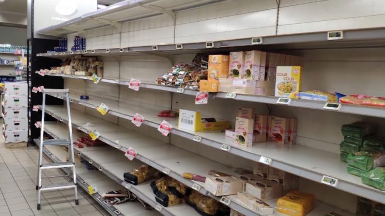 """意大利""""新冠""""确诊激增 10城隔离超市抢空"""