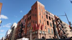 华埠茂比利街70号大火后续 市府将协助回收所有MOCA文物