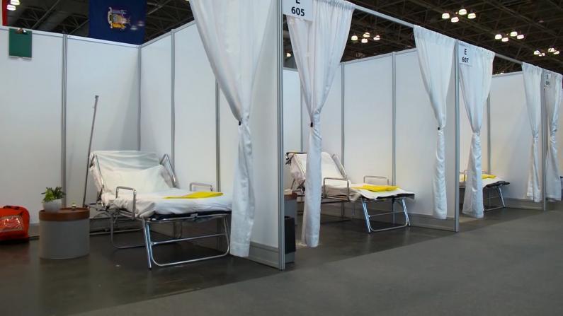 贾维茨中心三千张病床就绪 陆军医疗小组接手