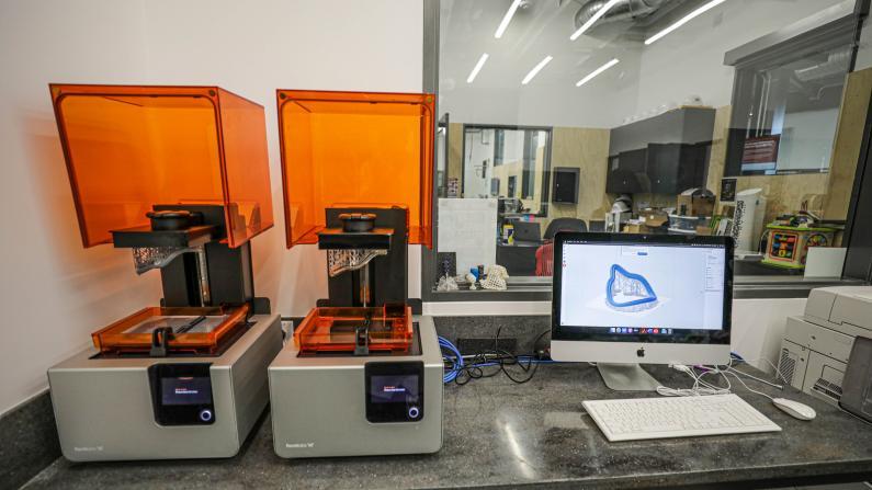 洛杉矶抗疫新法 3D打印护具即将投入生产