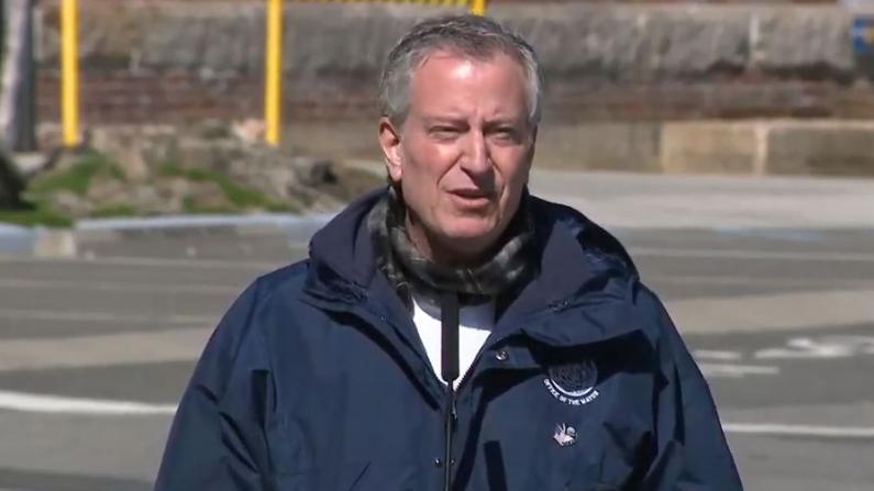 纽约市长:我感谢危机中的华人力量