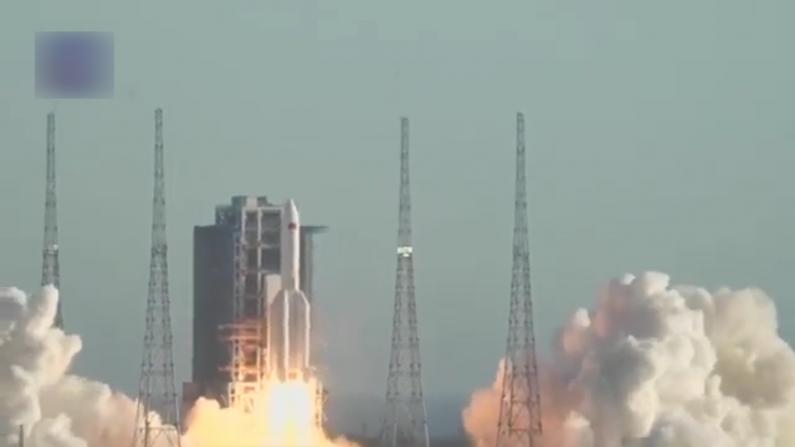 长征五号B火箭首飞成功 拉开中国空间站在轨建造任务序幕