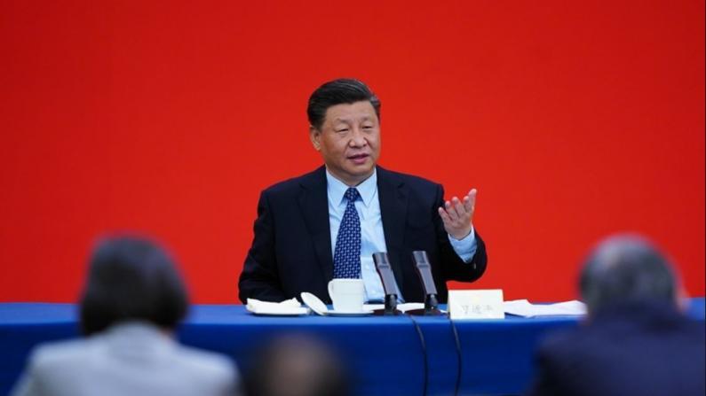 习近平:民企要不断克服困难 有把握今年脱贫