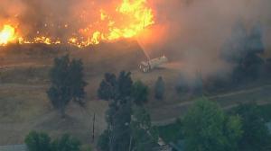 山火季来临 加州多地陷火海