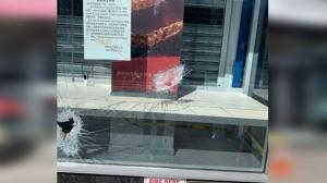 纽约法拉盛珠宝店凌晨被砸 华人店主:动荡只是暂时的