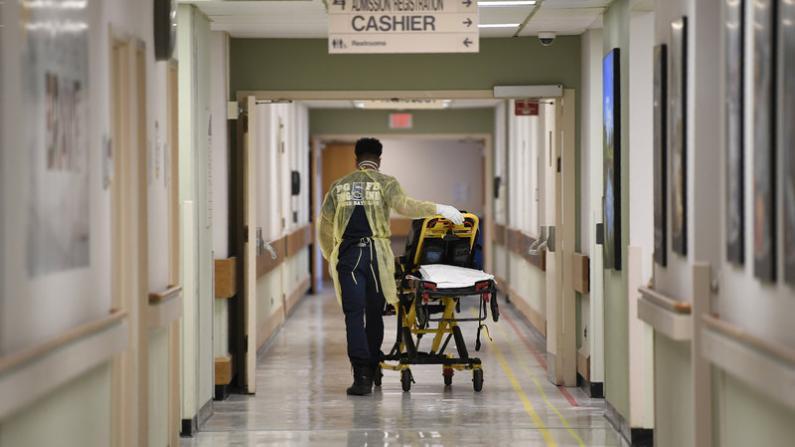 CDC料美未来三周新冠死亡人数超13万 重启之路困难重重