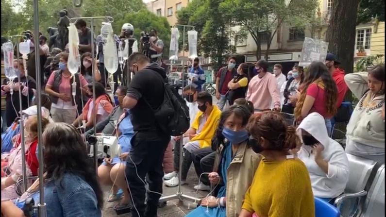 墨西哥度假胜圣地强震 千人逃出建筑物街道避难