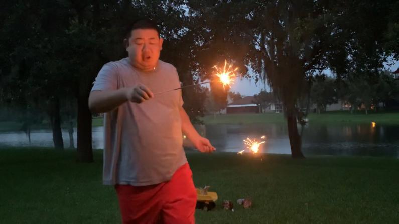 【佛州生活】庆祝独立日 看我在后院放个烟花舞一舞