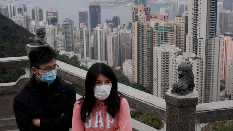 香港单日新增确诊感染108例再创新高 林郑月娥:疫情未受控