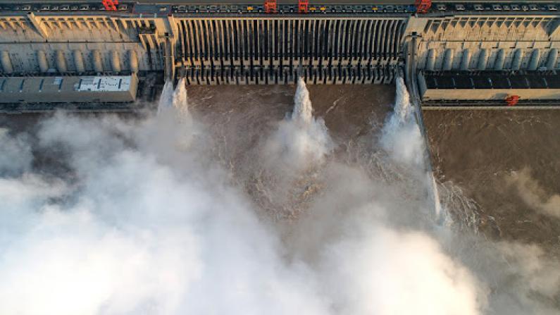3号洪水通过三峡 武汉段迎三峡大坝建成后最大流量