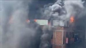 福建晋江一厂房火灾致8人死亡 起火原因在调查中