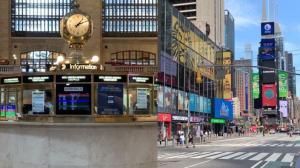 【探访】全美最繁忙火车站 纽约最繁华地段 现在什么样?