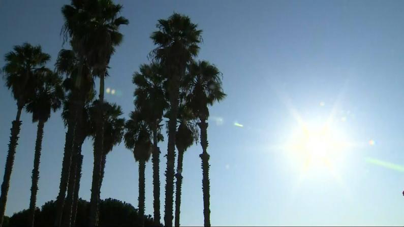 危险高温来袭 加州各部门严阵以待