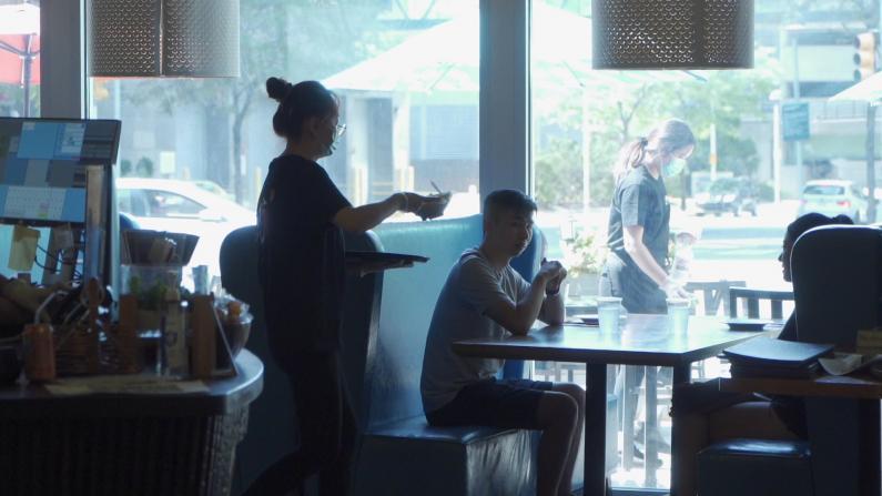 """新泽西州正式开放堂食 业者是否""""买单""""?"""