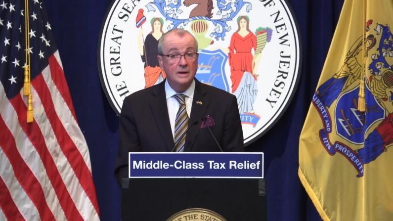 新泽西这些家庭明年多$500退税 百万富翁买单