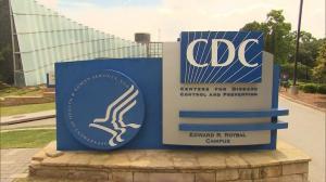 新冠病毒是否通过空气传播?CDC悄悄更新指南后又删除