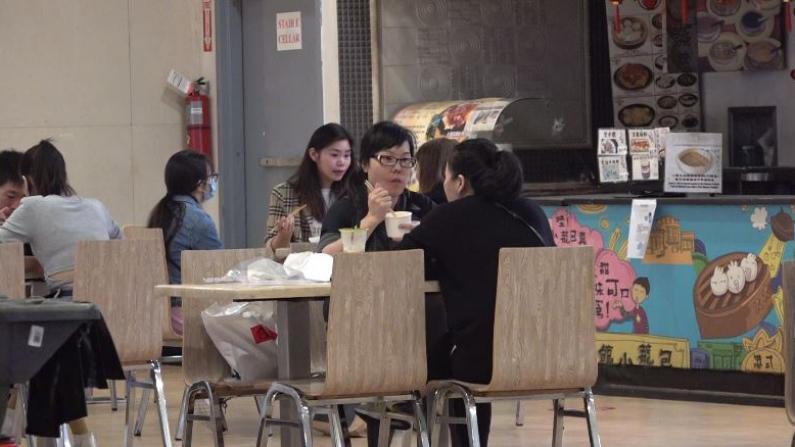 纽约市堂食首日食客回归 中餐业主:帮助有限 仍有希望