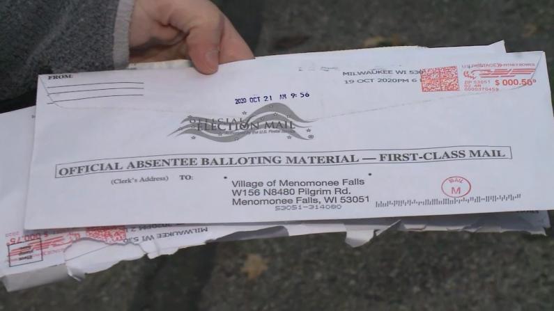 """邮寄选票忘签名被退回 选民:""""这压根不是我的选票"""""""