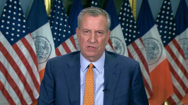 纽约市犯罪率为何飙升? 市长:疫情将一切打乱